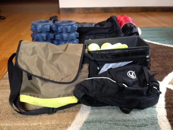"How to Assesmble a ""Gym Bag"" Better Than Your Trainer"